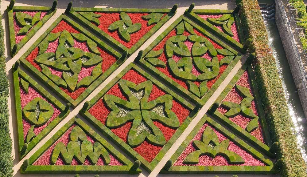 Ch teau et jardins de villandry for Jardin a la francaise chambord